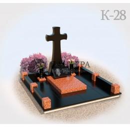 Мемориальный комплекс с крестом из красного гранита К28