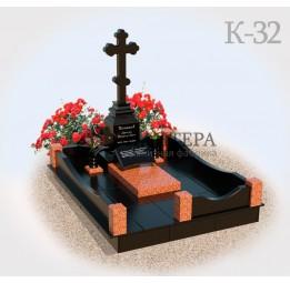 Мемориальный комплекс из красного гранита К32
